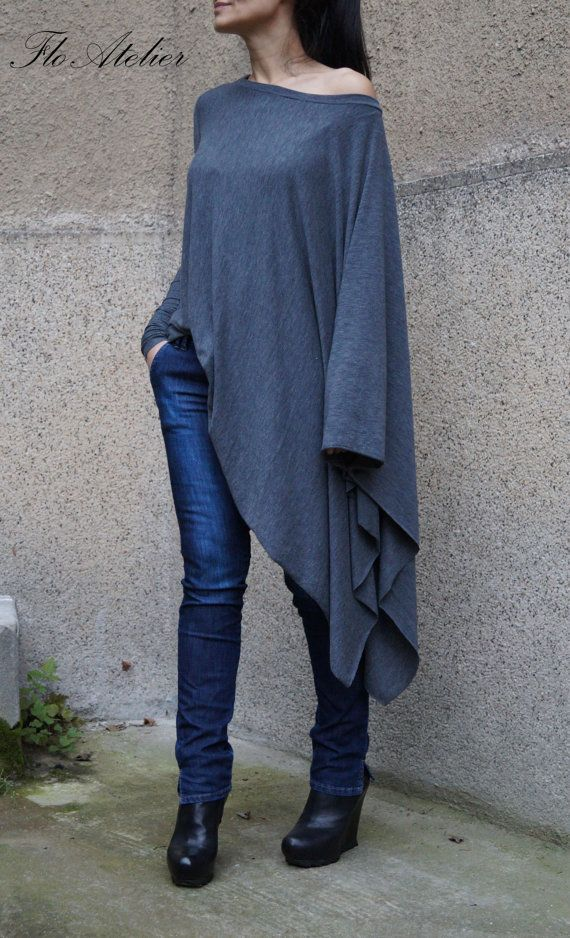 Loose Long  Blouse / Knit Oversized Top / by FloAtelier on Etsy