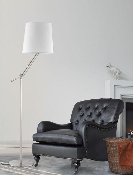 Μεταλλικό #φωτιστικο #δαπεδου με λευκό υφασμάτινο καπέλο. Ρυθμίστε το ύψος του όπως εσείς θέλετε και διακοσμήστε το σπίτι ή το γραφείο σας. Για μεγαλύτερη οικονομία στην κατανάλωση ενέργειας προτείνουμε να επιλέξετε λαμπτήρες #LED, που μπορείτε να  βρείτε: http://kourtakis-lighting.gr/35-led-lampes-E27