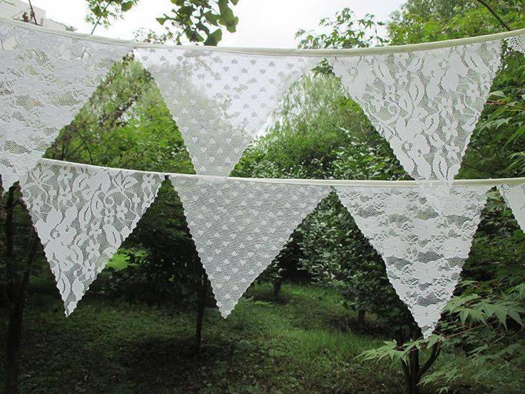 Cream Vintage Lace Bunting (Multi Pattern)