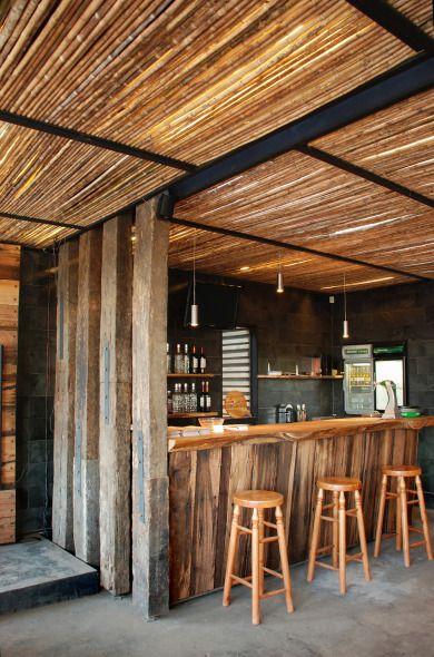 Remodelando una Pizzería / Simplestudio   Planos de Casas Gratis