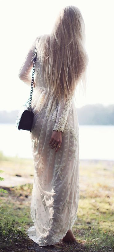 Boho dress / h and m. You might think I'm crazy, but I want something like this for my wedding dress