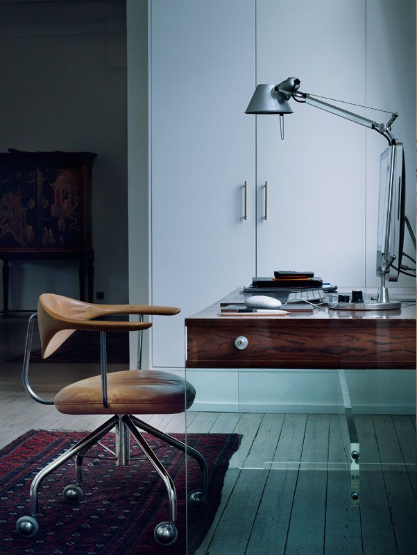 Lucite sides to a polished wood desk. Yes please.