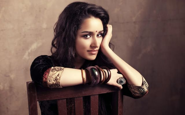 Shraddha Kapoor - Bollywood Wallpaper