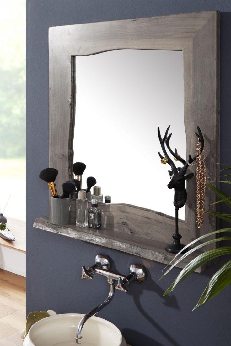Moderner Badspiegel aus Akazienholz