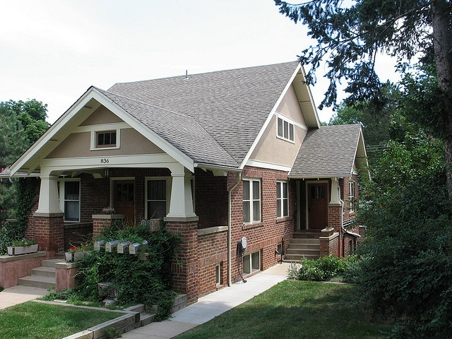 Houses On Pinterest Home Craftsman Style Bungalow And Craftsman