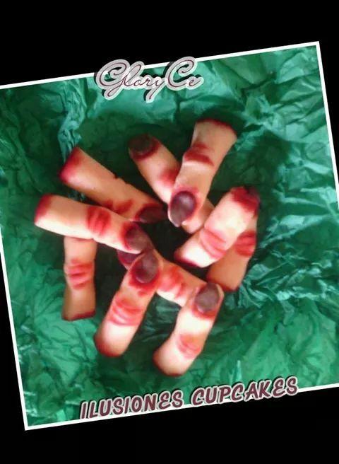 Dedos en mazapan