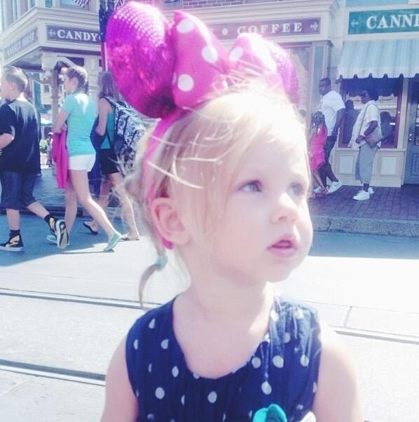 Lux with her first pair of Minnie ears at Disneyland!! AWE (Toms IG)