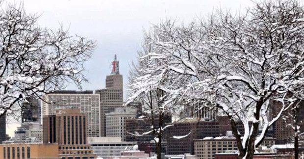 The St. Paul skyline from Mounds Park on Monday morning December 10, 2012 after the 10 inch plus weekend snowstorm that covered the area.    (Pioneer Press: John Doman)