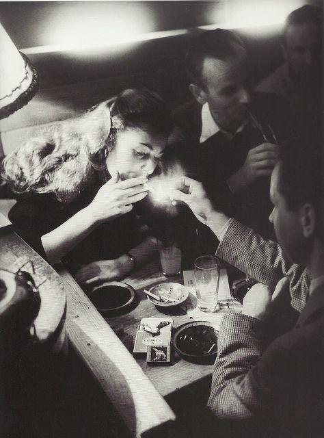 Willy Ronis, boîte de nuit, Paris, 1952
