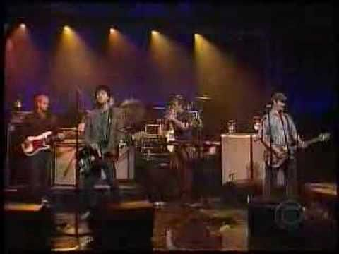 Modest Mouse - Dashboard - on David Letterman Live 5/1/07 - With Johnny Marr