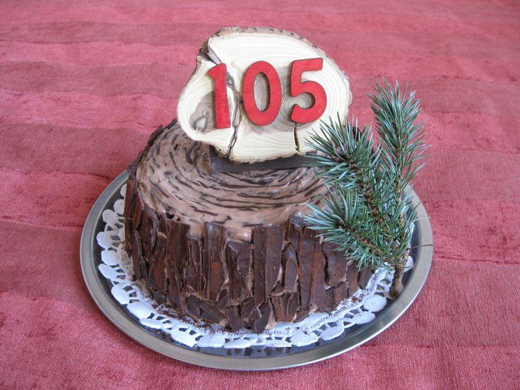 Tree stump cake Fatörzs-torta Tort buturuga