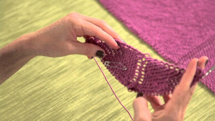 Learn How to Make a Triangle Scarf with Vickie Howell