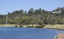 Where is the nicest place to walk along the Swan River?