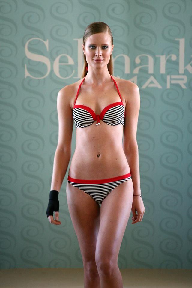maillot de bain marinera selmark mare http://pro.reservoir-mode.com/catalogue/maillots-de-bains/collection-bains-femme/ensemble-maillot-bain-marinera-selmark-mare-p-3556.html