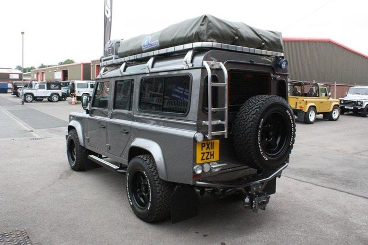 1000 images about land rover on pinterest station wagon range rovers and 4x4. Black Bedroom Furniture Sets. Home Design Ideas