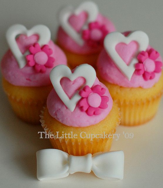 Mini Valentine's Day Cupcakes | Flickr - Photo Sharing!