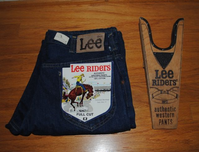 Lee Riders ブーツジャックとデッドストックLee 200 Boot Jack with Lee 200 dead stock