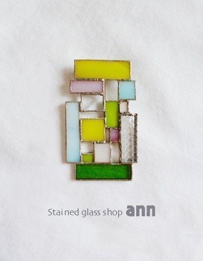 ステンドグラス ブローチB07191-M