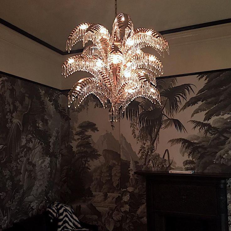 Goodnight and goodluck #eden #palmcrystal @degournay #sashabikoffinteriordesign