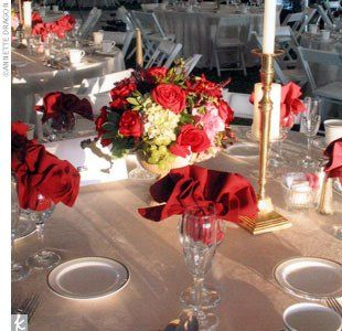 champagne tables red napkins white chairs