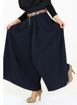 Our wide leg pants line offers style yet comfortable pants that will flatter your figure from the waste down.