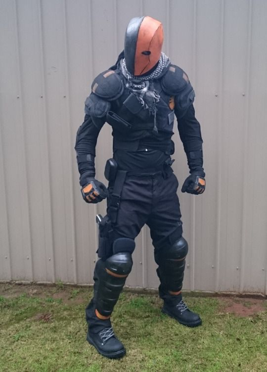 [self] I'm Working on a Deathstroke Costume that Actually Functions as Armour - This is an automated post but if you want to read more Cosplay news checkout http://ift.tt/1dTOCQZ