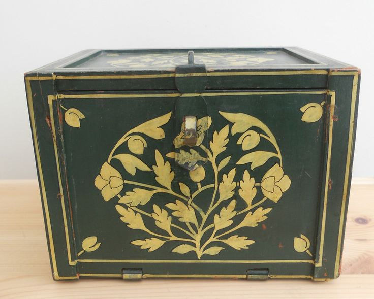 VINTAGE WOODEN BOX WITH DRAWERS ~ SOLD ON MY EBAY SITE LUBBYDOT1
