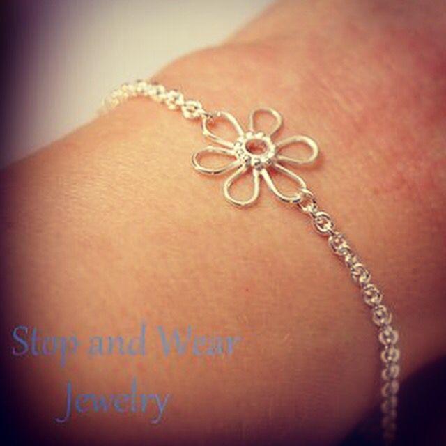 Simple & Elegant silver bracelet with cute flower  www.stopandwearjewelry.com