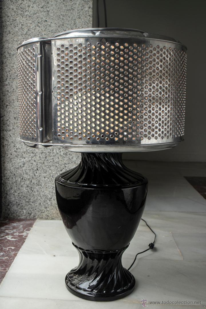LAMPARA LAVADORA CON GRAN PIE EN CERAMICA NEGRA - Foto 1 Modelo único. Diseño Bartleby & Company El Desván de Bartleby C/,Niebla 37. Sevilla