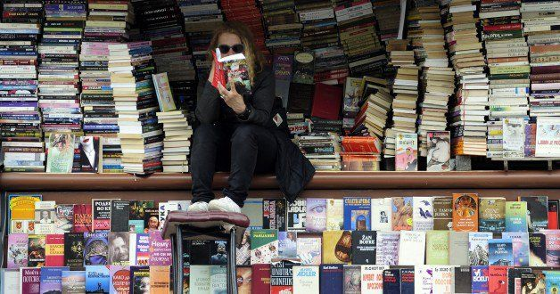 12 books every leader should read.