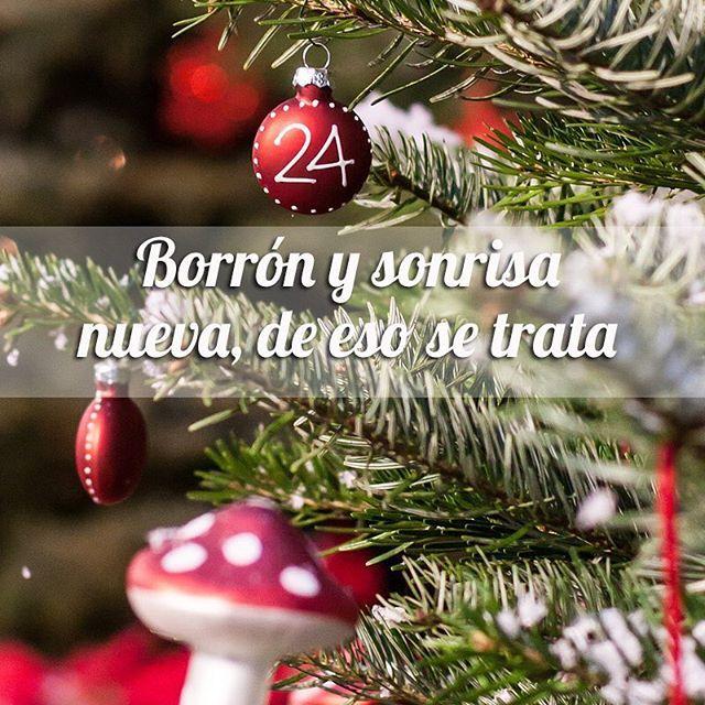 ¡La sonrisa y la buena actitud son dos accesorios que debes llevar todos los días! ¡Regala a los tuyos una sonrisa y déjate contagiar del espíritu de la Navidad! #FraseDelDíaPronalce www.pronalce.com Foto vía Pinterest