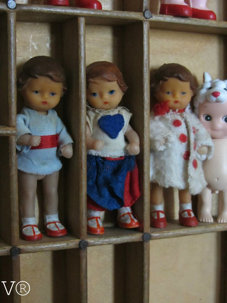 German ARI dolls, they do have pretty faces don't they