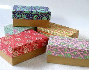 Boîte de cadeau, boîte d'emballage, mariage faveur boîte, boîte de papier Kraft-assorti de 5 tirages 7 x 4 x 3 pouces, boîtes d'emballage de bijoux, boîte chocolat.