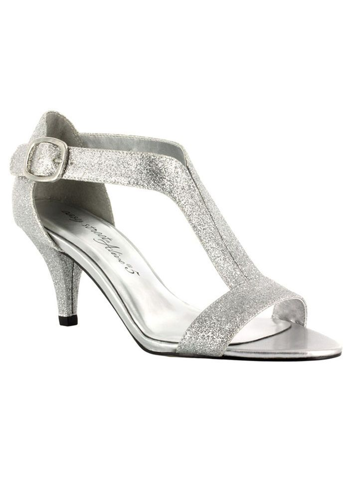 11 pairs of comfortable AND stylish shoes for your wedding! #fashion #bride
