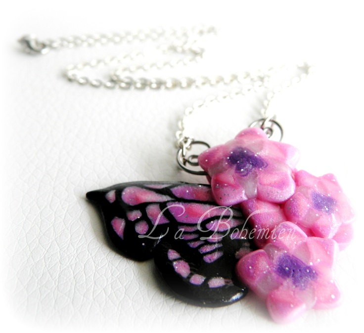 On sale  http://blomming.com/mm/LaBohemien/items/collana-con-farfalla-madama-butterfly--3?view_type=thumbnail