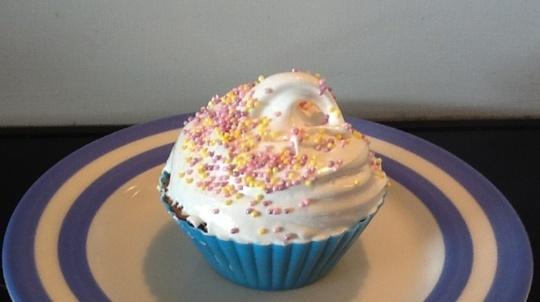 baking marshmallows in cupcakes