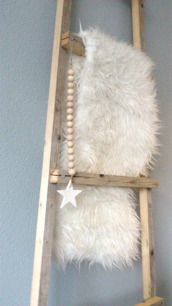 Meer dan 1000 idee n over houten ladder inrichting op pinterest oude houten ladders houten - Versier een trap ...