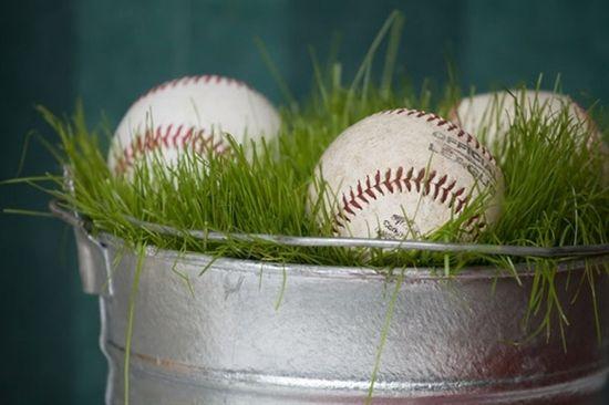 centerpiece baseball party
