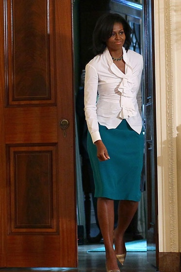 Michelle Obama, rocking some bold colors and sophisticated lines. Love it.