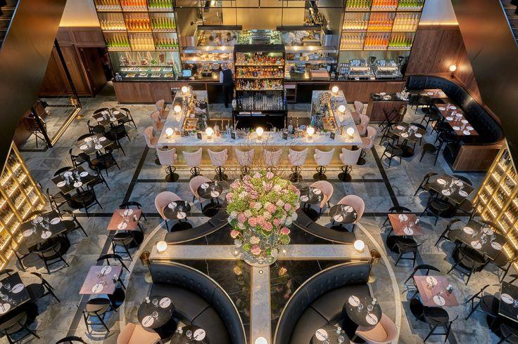 A oitava edição dos prémios Restaurant & Bar Design Awards já são conhecidos. O bar Blue Wave, em Barcelona (Espanha), foi eleito o melhor bar de design de 2016, tendo sido projetado pelo estúdio de arquitetura El Equipo Creativo. Já o troféu de melhor restaurante de design foi entregue ao londrino German Gymnasium e teve a autoria do estúdio Conran & Partners.