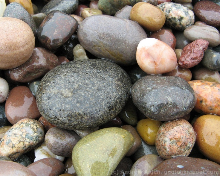 Geology Wallpaper - Pebbles - Hampton Beach, Bay of Fundy, number three, 1280x1024