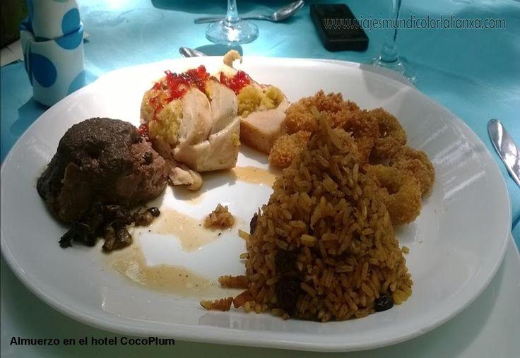 Almuerzo en el hotel Cocoplum