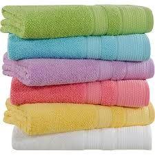 Toalha de banho boa é aquela que seca bem.   Muitas vezes compramos toalhas de marcas reconhecidas e quando vamos usar...pah! A toalha fica...