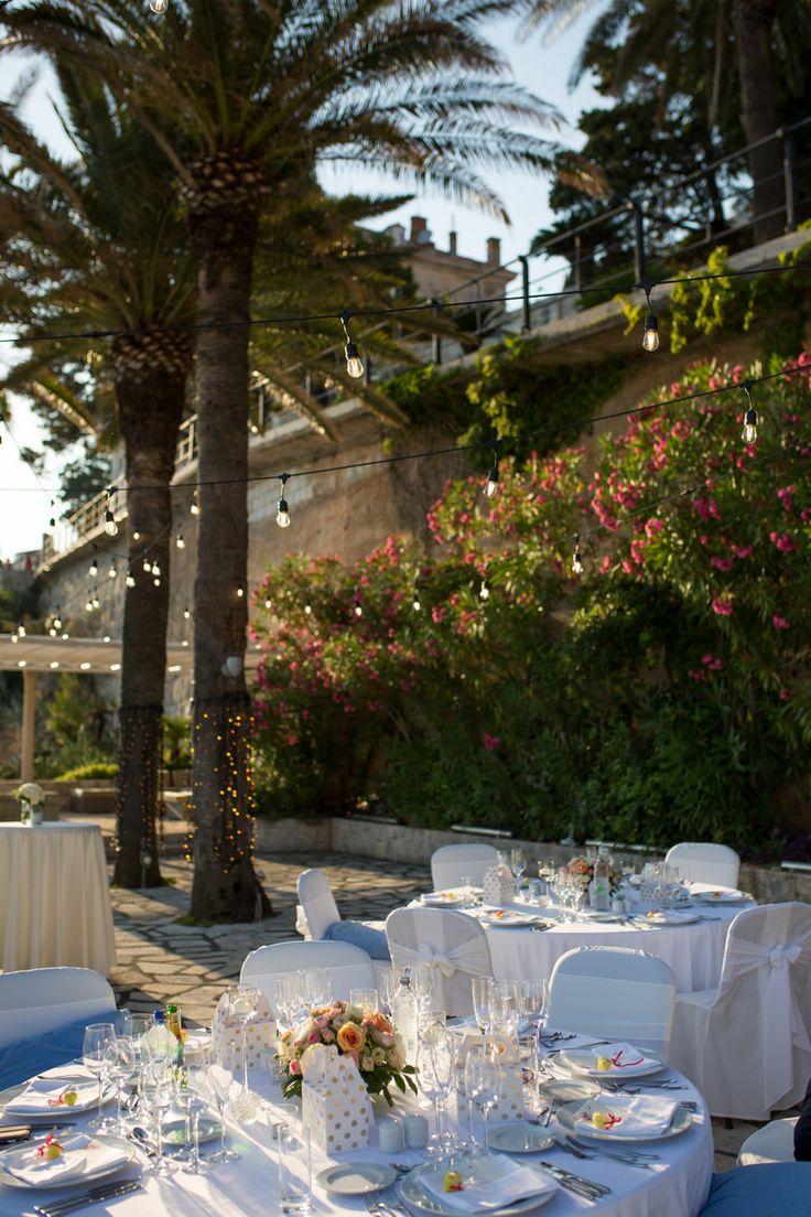 This gorgeous wedding took place in 2017 at the Elegant private terrace in Croatia. #destinationwedding #croatia #seaviewwedding #tableplan