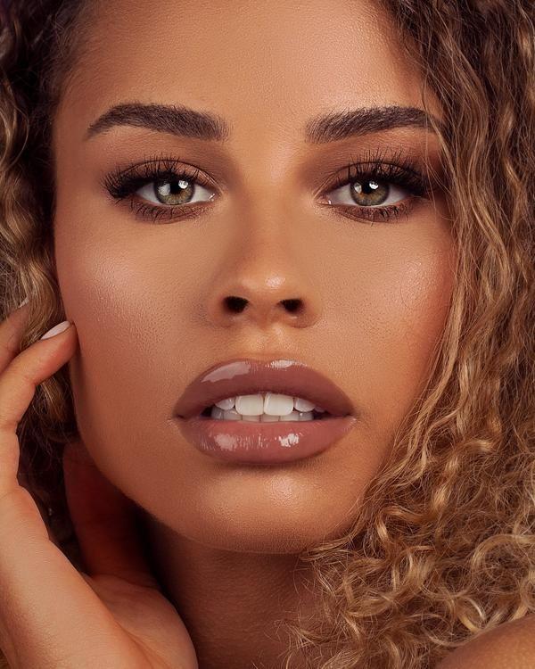 Tough Cookie In 2020 Caramel Skin Tone Dark Skin Makeup Caramel Skin