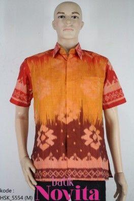 <p>Bahan tenun troso<br />Motif bunga teratai abstrak</p><p>Tenun tradisional handmade<br /><br />Size : M<br />Lingkar dada: 108 cm<br />Panjang baju : 76 cm<br />Panjang lengan : 25 cm</p>