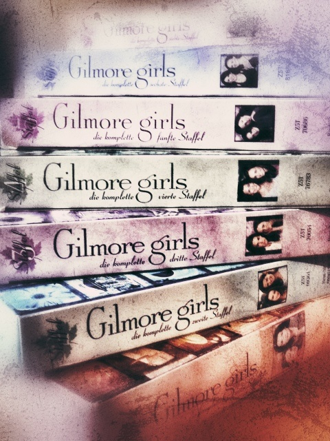 Gilmore Girls complete series on INDIVITUAL DVDS! I want all separate covers :)