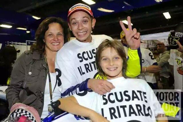 Vale with Mom & Luca Marini