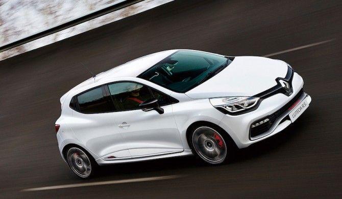 レザースポーツシートを装備したルーテシアの最上級スポーツモデルを限定発売Renault