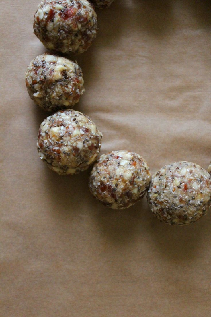 DIY Raw Energy Balls | blattgrün